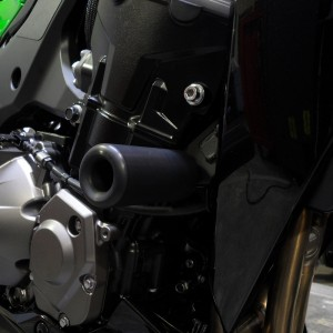 KAWasaki-Z1000-14-16-no-cut-sliders-Black-2