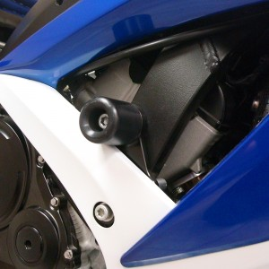 SUZUKI-gsxr600750-08-10-CUT-Frame-Sliders-Black-2